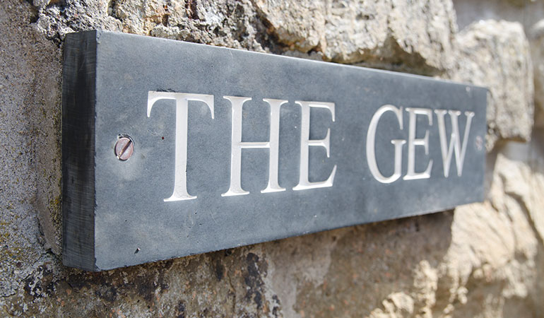 The Gew Sign
